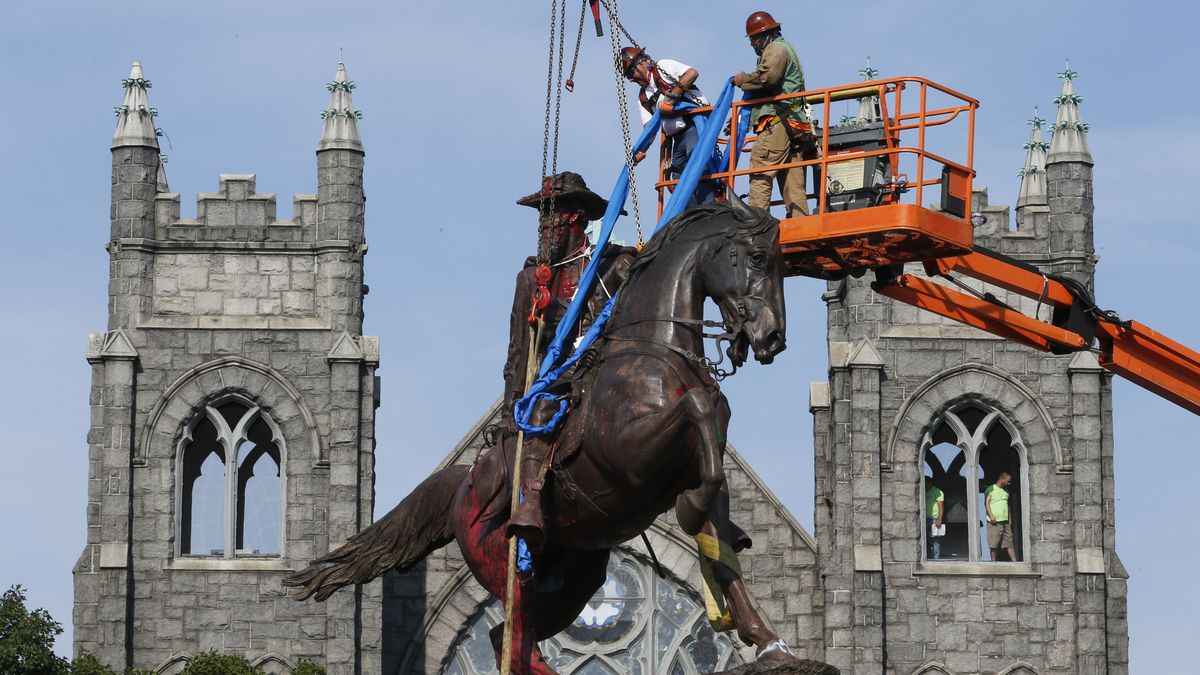 A statue of Confederate Gen. J.E.B. Stuart was among monuments removed in Richmond, Virginia, in 2020. A statue of Robert E. Lee is still in place, pending a court ruling.