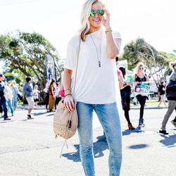 Laura O'Brien; Why we love her look: the mirrored sunglasses make a subtle look sing.