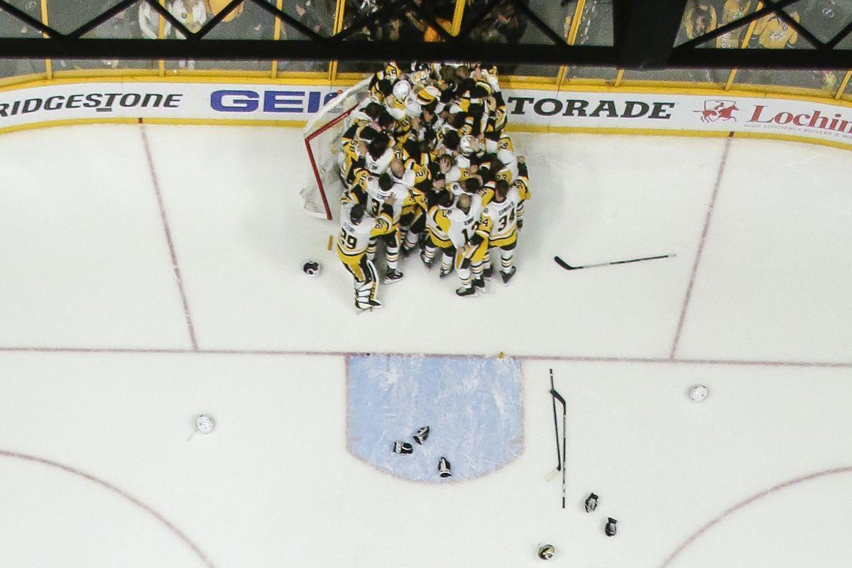 NHL: JUN 11 Stanley Cup Finals Game 6 - Penguins at Predators