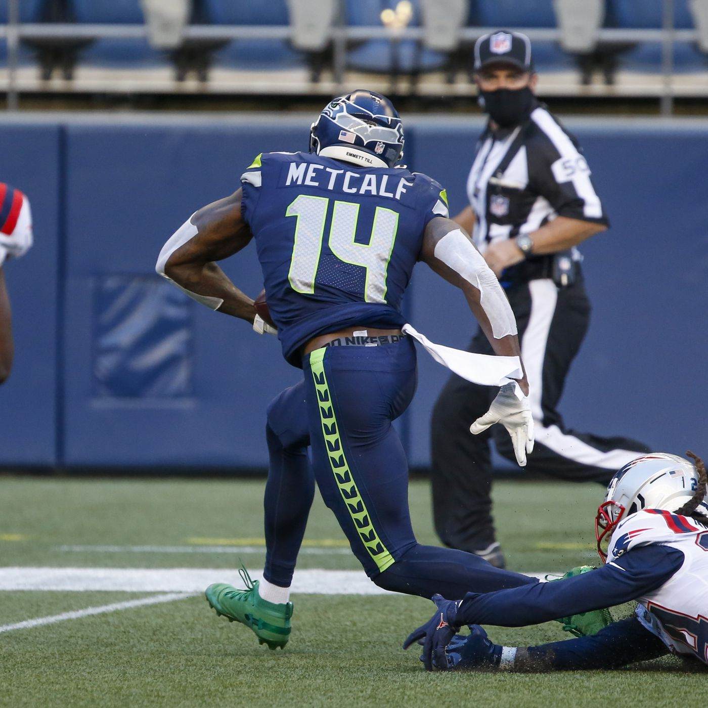 Let S Talk About Seahawks Star Receiver Dk Metcalf And Route Trees Field Gulls