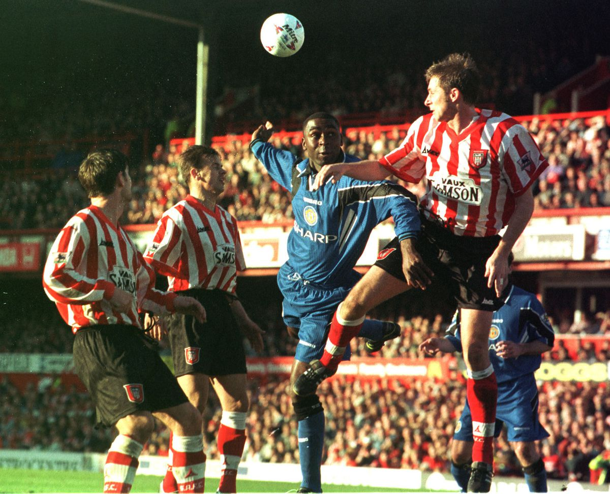 SOOCER Andy Cole