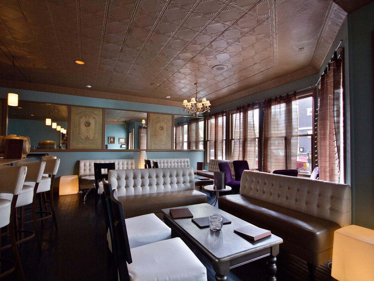 La Folie Lounge