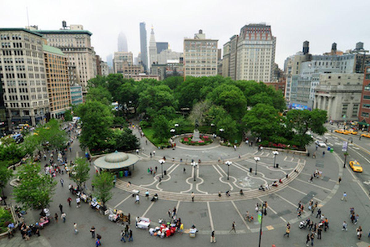 """Image via <a href=""""http://www.nakedapartments.com/nyc/union-square-nyc-apartments"""">Naked Apartments</a>"""