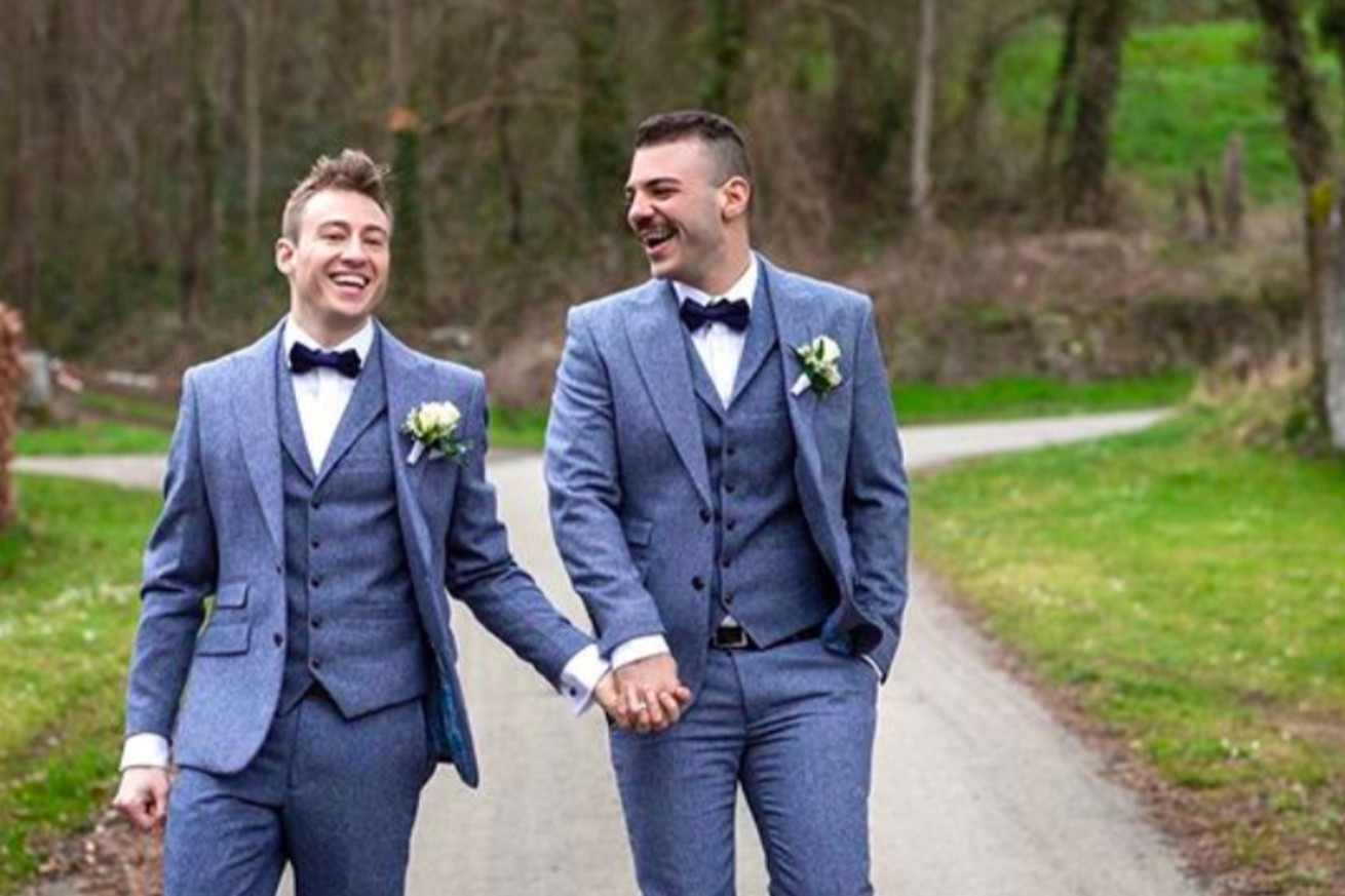 Olympic hero Matthew Mitcham marries his partner in gold-medal ceremony