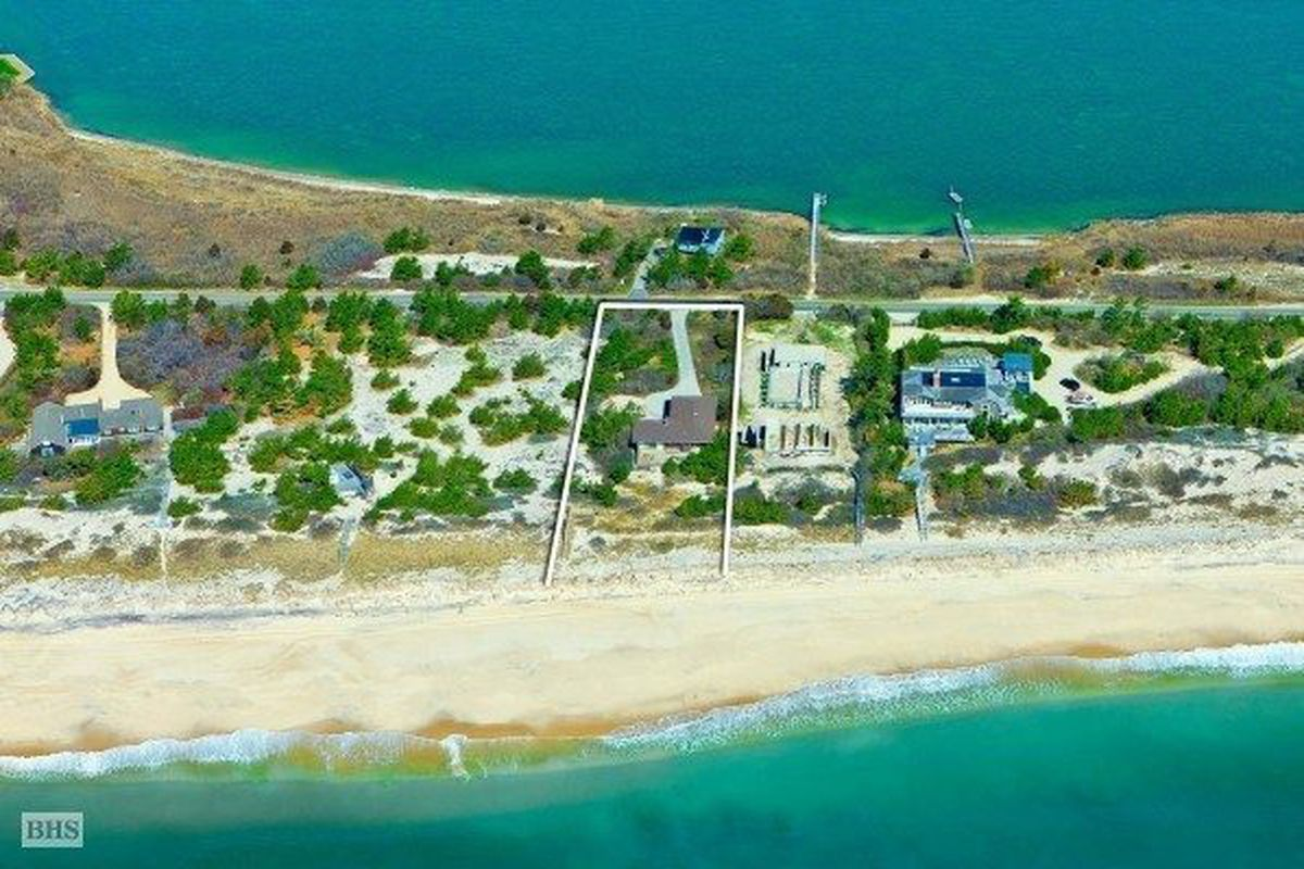 1131 Flying Point Road, Water Mill