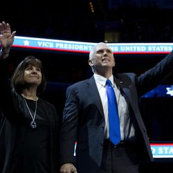 Vice President Mike Pence, right, and his wife Karen wave to the crowd at the 2017 American Israel Public Affairs Committee (AIPAC) policy conference in Washington, Sunday, March 26, 2017.