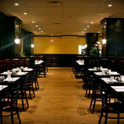 """<a href=""""http://boston.eater.com/archives/2012/02/27/-stylefontsize-9px-textalign-centerclick.php"""">Boston: <strong>Slate Bar & Grill</strong> Now Open in the Financial District</a>"""