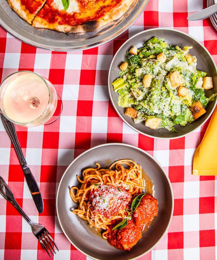 Spaghetti and meatballs from Dalmata