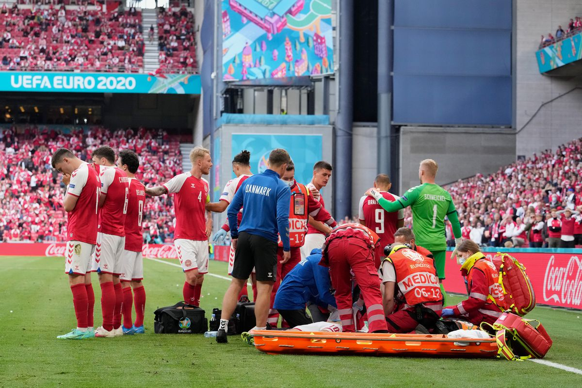 Christian Eriksen news: Denmark's star in stable condition after collapsing during match vs. Finland - DraftKings Nation