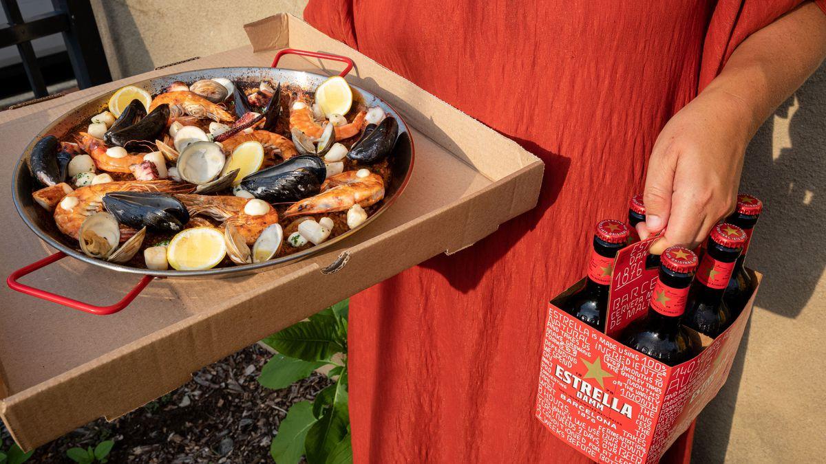 Paella in a pizza box