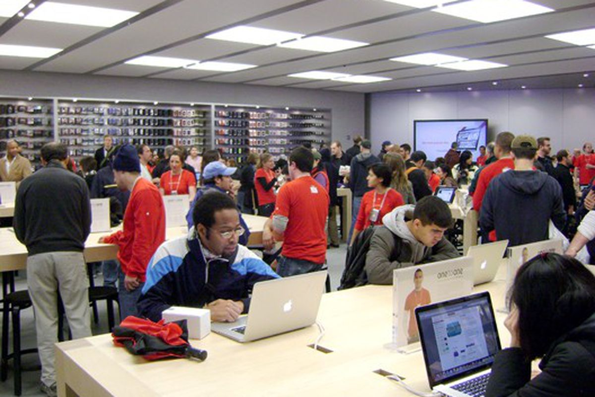 The lower level at Apple UWS on opening day