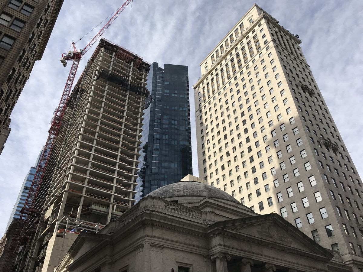 A group of tall buildings in Philadelphia.