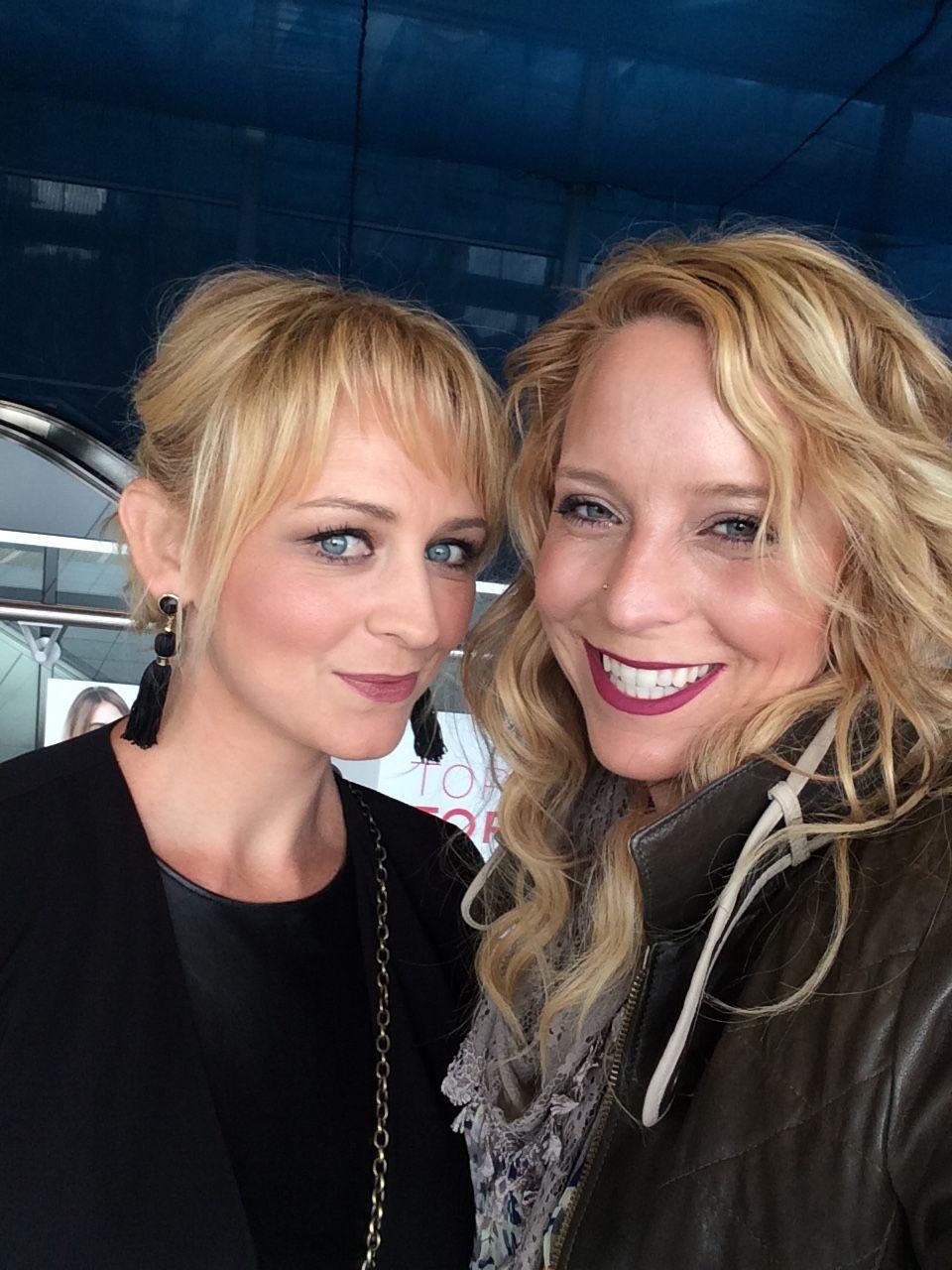 Peeple co-founders Nicole McCullough (l) and Julia Cordray (r)