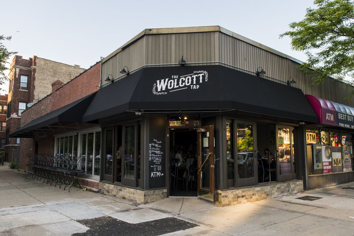 The Wolcott Tap in the 1800 block of West Montrose Avenue in Ravenswood.   Tyler LaRiviere/Sun-Times