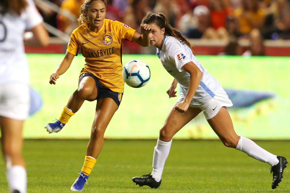 Utah Royals FC midfielder Lo'eau LaBonta (9) passes the ball as the Salt Lake Royals and Sky Blue FC play at Rio Tinto Stadium in Sandy on Wednesday, Aug. 7, 2019. The Royals won 3-0.