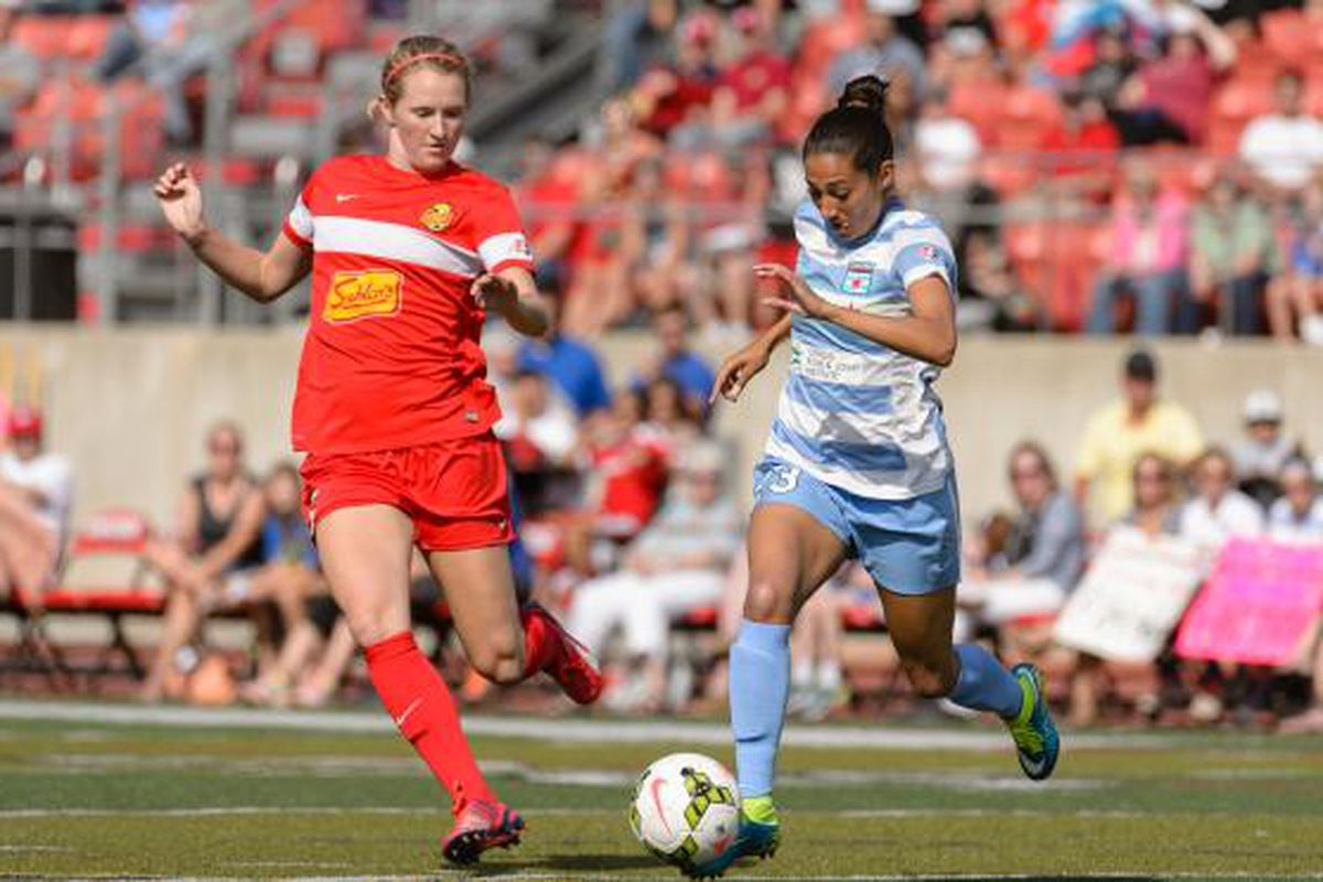 Christen Press launches forward in attack against the Flash