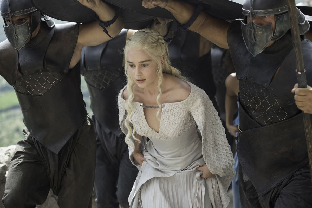 Dany (Emilia Clarke) doesn't want to turn into her father. Good luck with that.