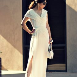 """Hallie of <a href=""""http://www.halliedaily.com""""target=""""_blank"""">Hallie Daily</a> is wearing a <a href=""""http://www.vlabellondon.com/products/Finchley-Dress.html""""target=""""_blank"""">VLabel London</a> dress, a Chanel bag, <a href=""""http://www.shopbop.com/claire-dor"""