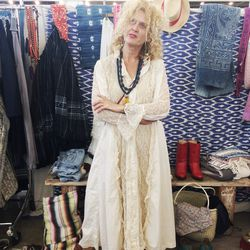 Tavin Boutique owner Erin Tavin is one of LA's vintage fairy godmothers, and she dresses the part well.