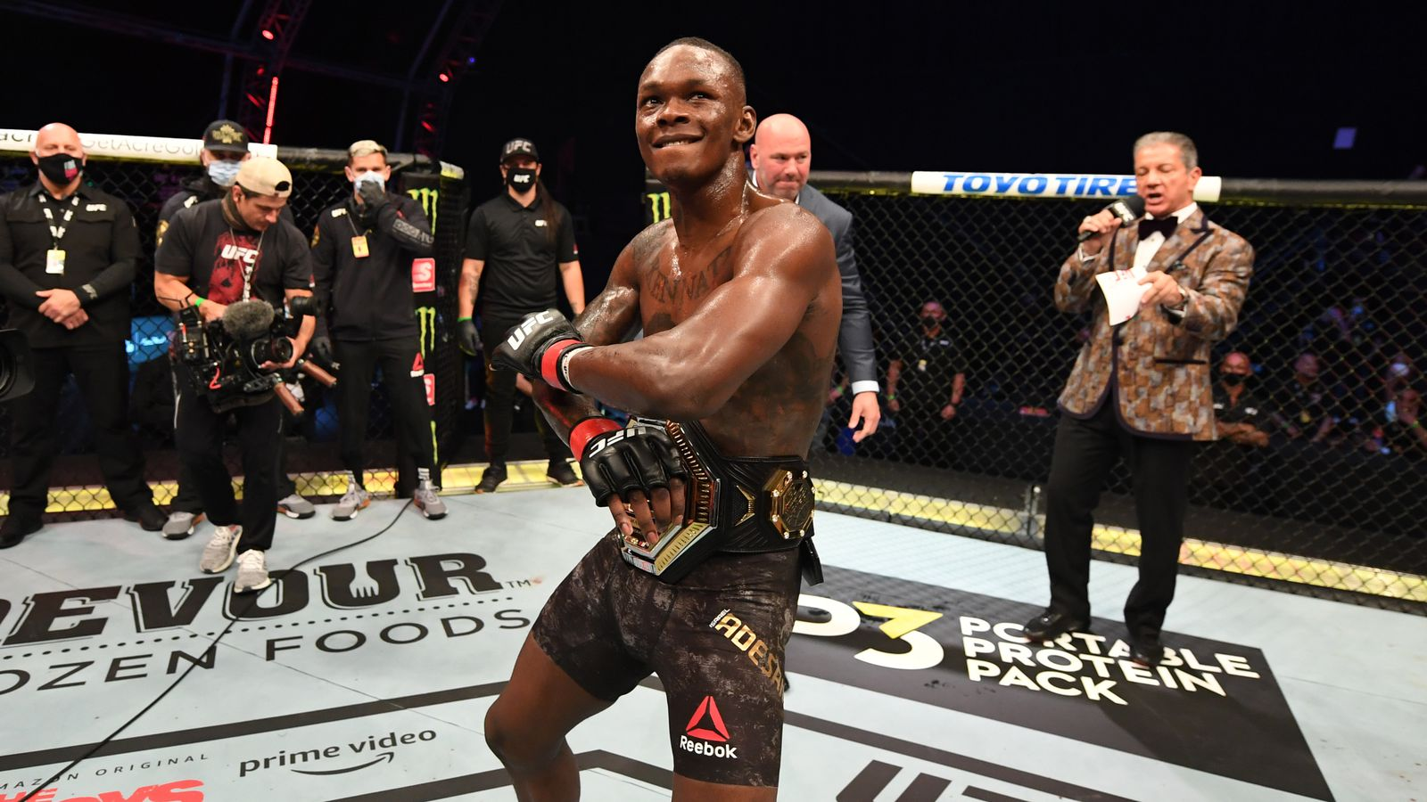 UFC 259's Israel Adesanya pushes back target date for Jon Jones superfight to Dec. 2021 - MMA Mania