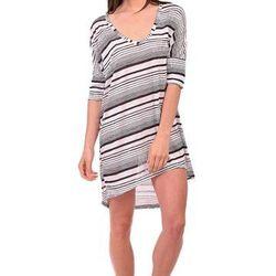 "Black and white striped tunic, <a href=""http://shopblush.com/shop/clothes/BLB02039-elan-black-white-striped-tunic#.UzzxTK1dVi4"">$60</a>"
