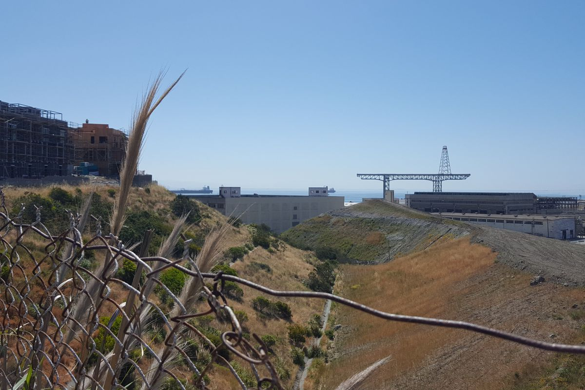 Hunters Point shipyard homeowners sue developer and engineering firm