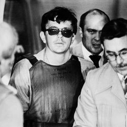 Joseph Paul Franklin is surrounded by security in this 1980 photo. Franklin is scheduled to be executed early Wednesday in Missouri.