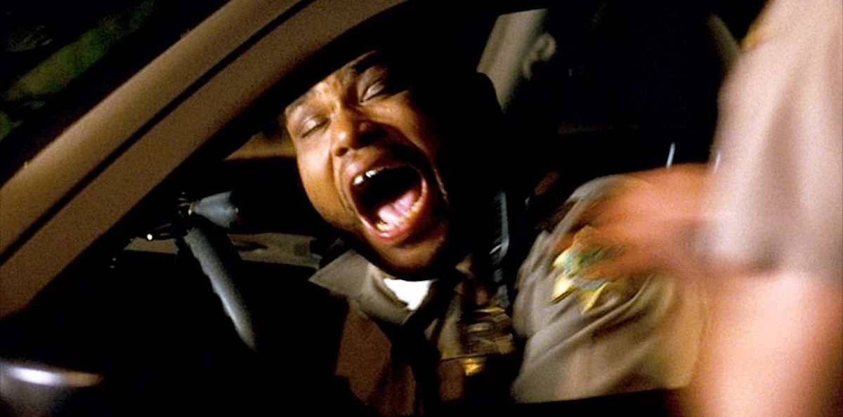 anthony perkins screams in his police car