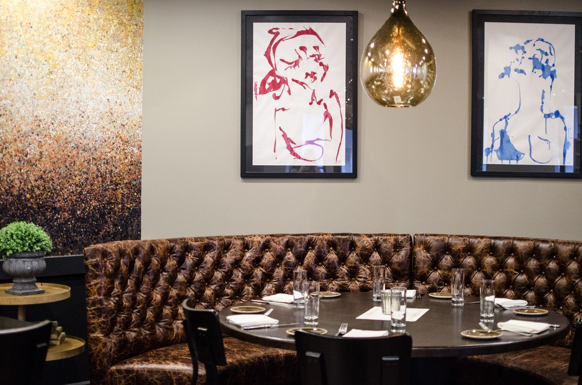 Doretta Opens Tonight With Simple Greek Seafood and Sexy Art