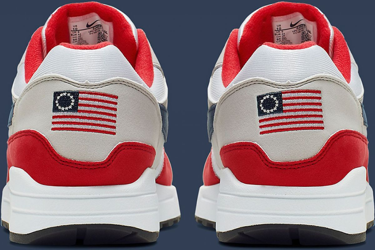 chic clásico venta minorista baratas para descuento Colin Kaepernick and Nike's Fourth of July sneaker controversy, explained -  Vox