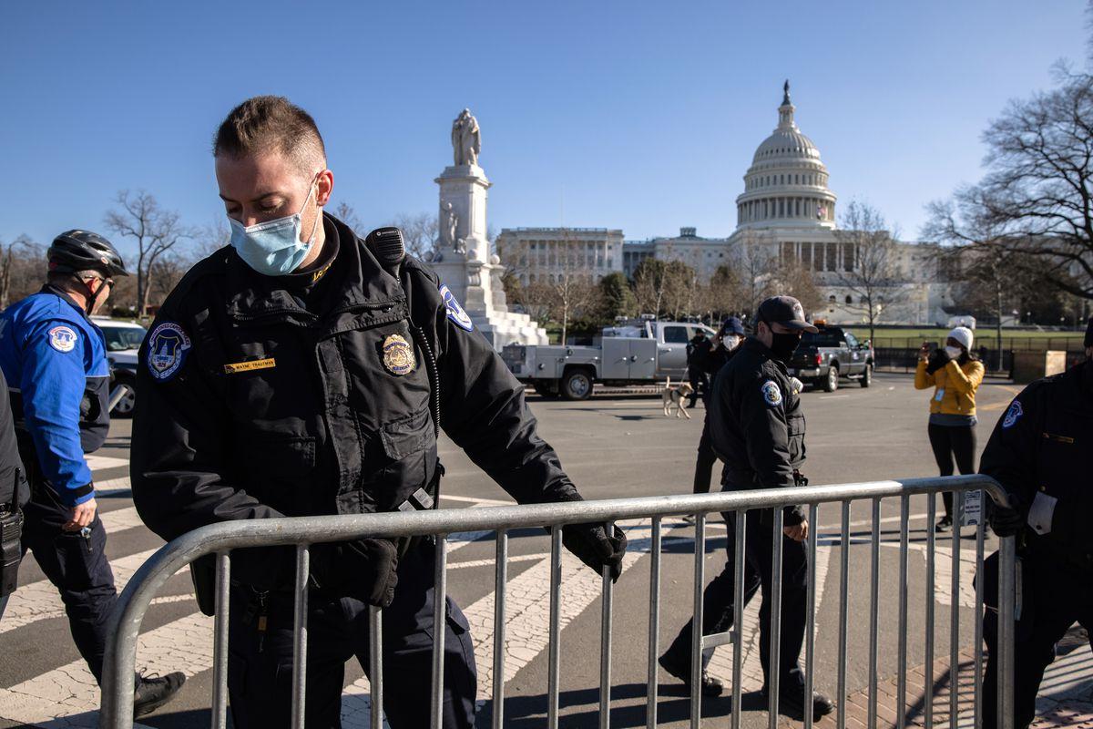 U.S. Capitol Police set up a fence near the U.S. Capitol on January 07, 2021 in Washington, DC.