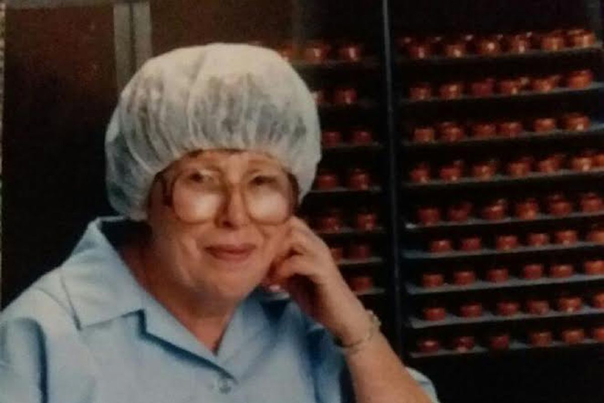 Georgia Sheehan dipped candies for 25 years on the Fannie May assembly line at Jackson Boulevard and Racine Avenue on Chicago's West Side.