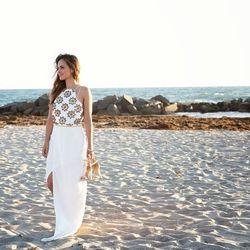 "Melanee of <a href=""http://www.melaneeshale.com""target=""_blank"">Melanee Shale</a> is wearing a Virgos Lounge dress and JustFab shoes."