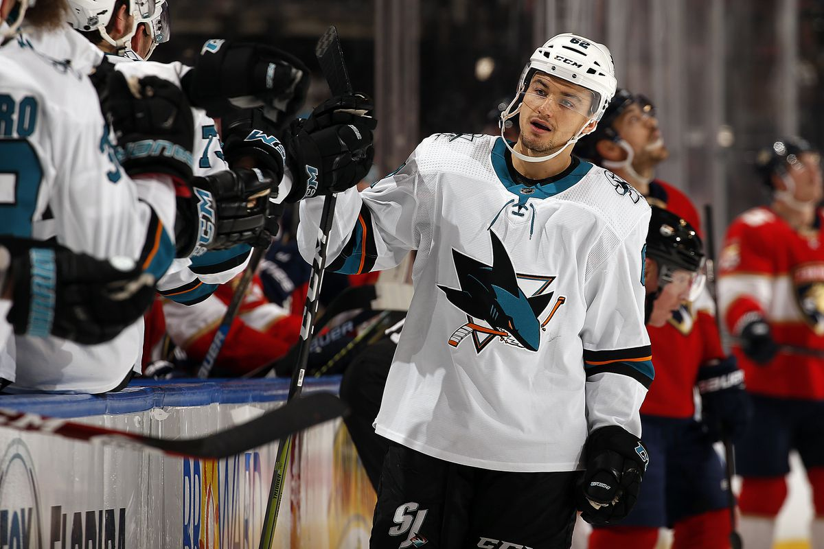 What's going wrong with the San Jose Sharks' power play?