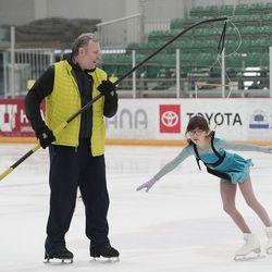 Oliver Pekar coaches skater Ani Aleksanyan at the Utah Olympic Oval in Kearns on Thursday, June 17, 2021.