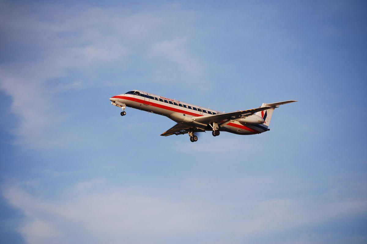 American Eagle Airlines Embraer ERJ 145