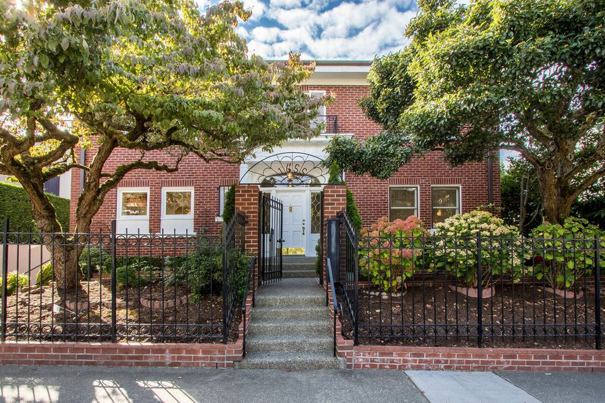 5 of the least expensive houses on capitol hill curbed for Least expensive house