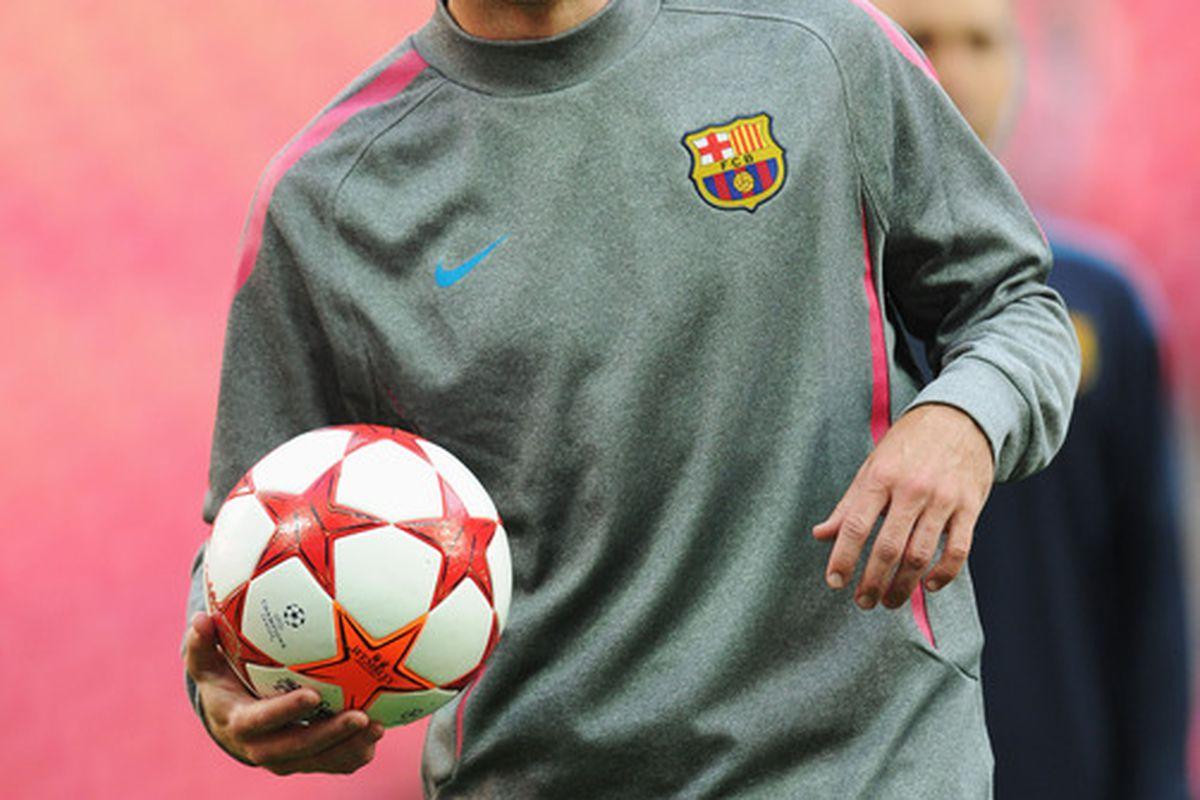 Despite transfer rumors Maxwell will start the preseason with Barcelona
