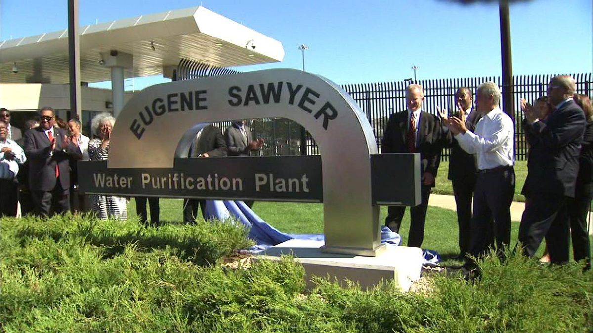 Mayor Rahm Emanuel and aldermen attend the renaming ceremony for the Eugene Sawyer Water Purification Plant in 2016.
