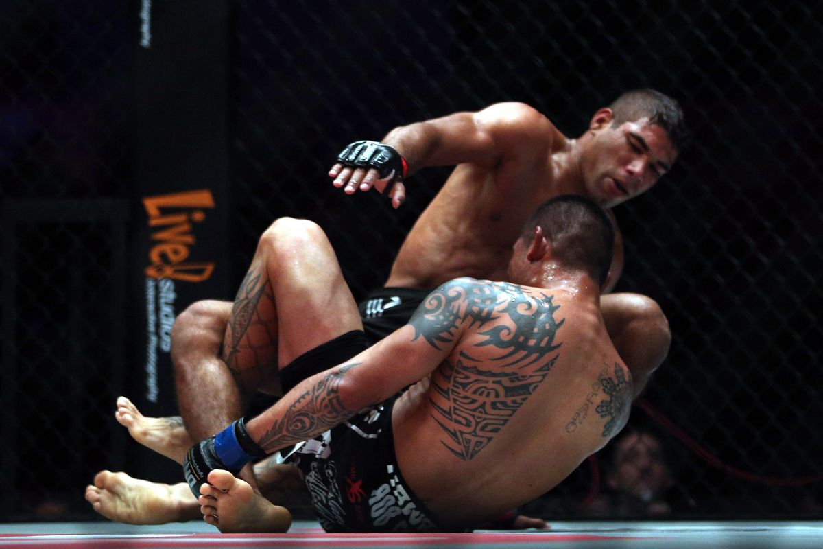 One FC: War Of Nations - Burns v Sarmiento