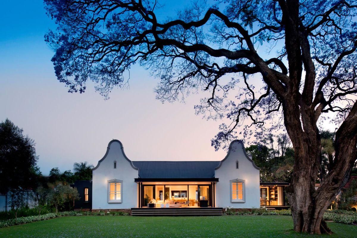 Modern Farmhouse Renovation Keeps Home S Cape Dutch Style Curbed