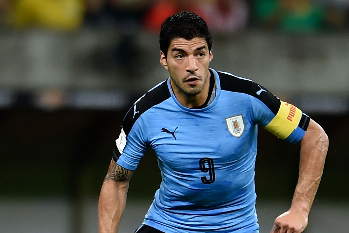 Luis Suarez does not need surgery for now Barca Blaugranes