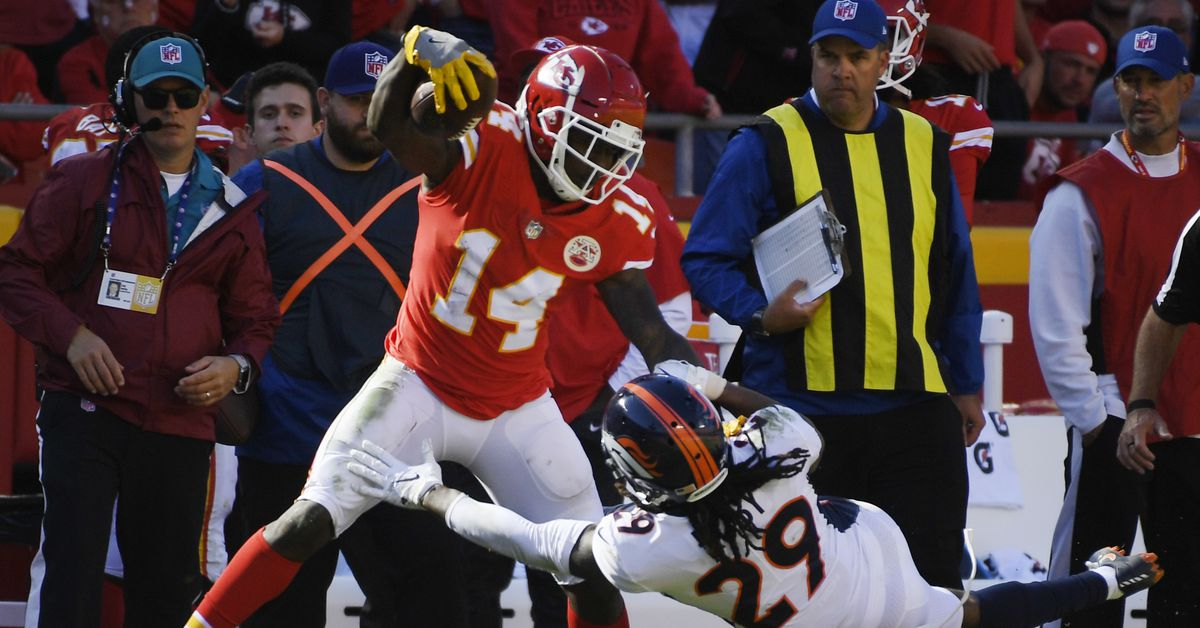 NFL Network provides injury updates on Sammy Watkins, Emmanuel Sanders