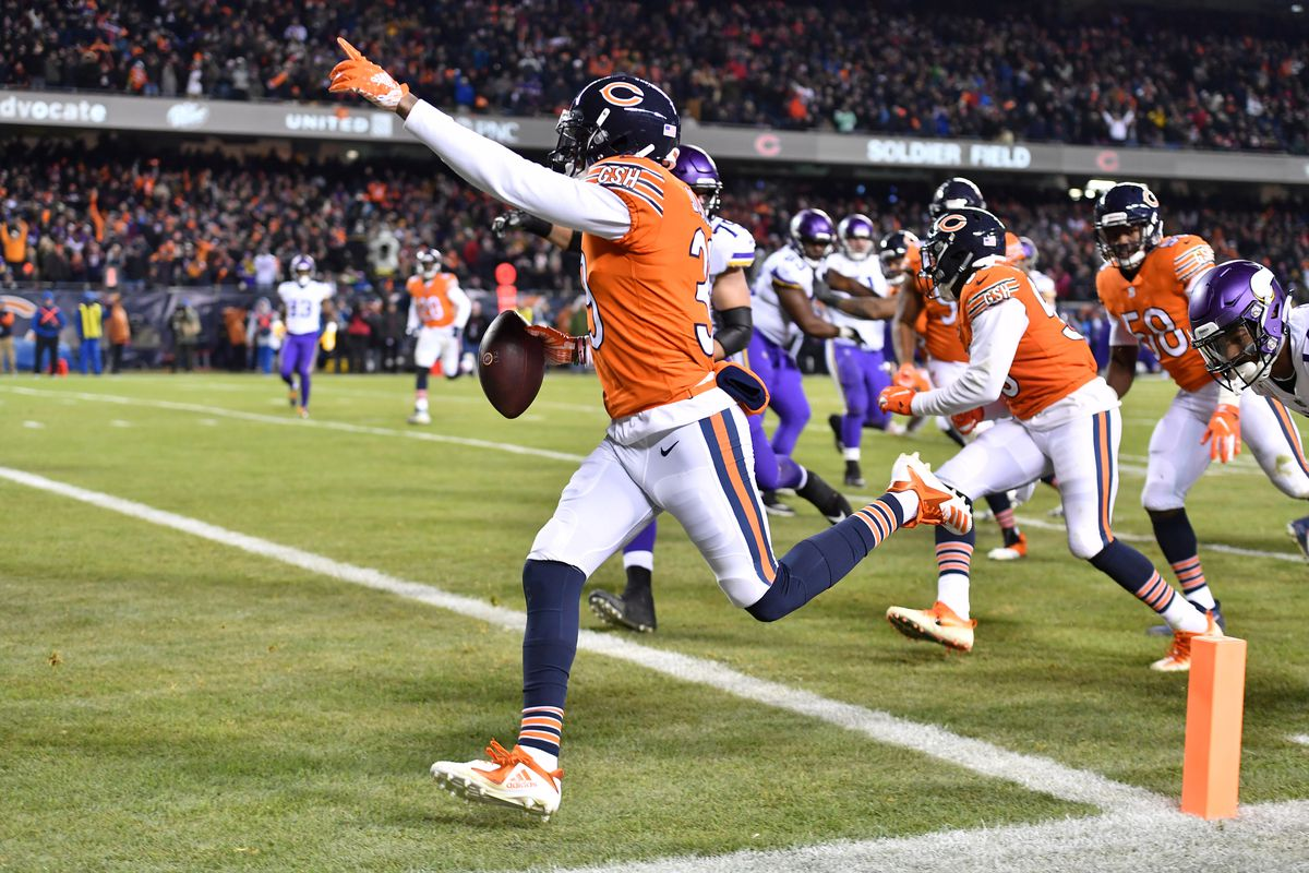 Minnesota Vikings at Chicago Bears Week 11  Five Game-Changing Plays ... c99557e9c
