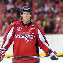 Backstrom Holds Stick During Stop