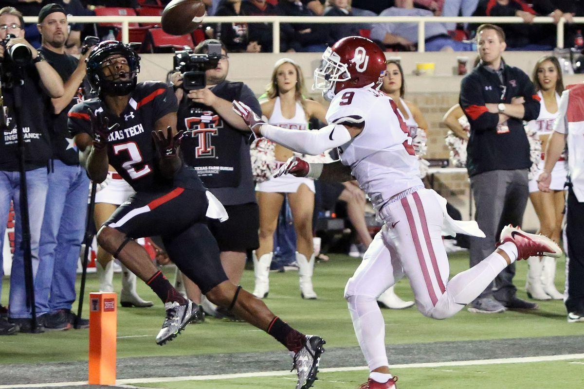 NCAA Football: Oklahoma at Texas Tech