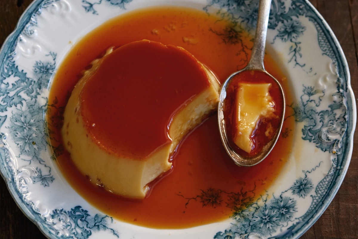 Recipe Traditional Cuban Flan Eater