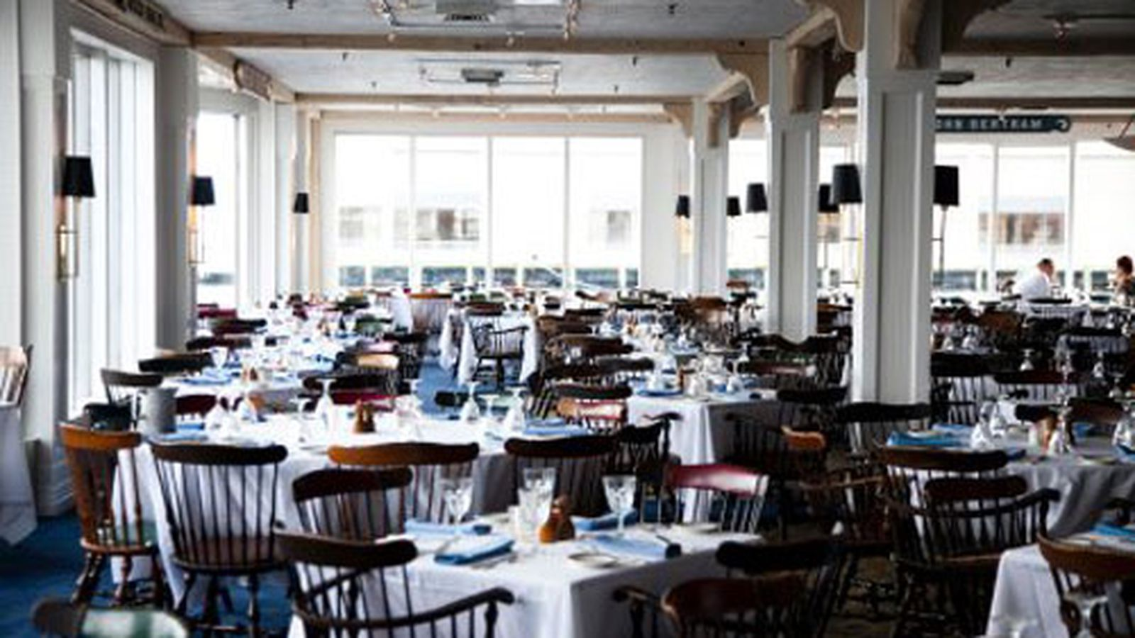 Anthony 39 s pier 4 will close then reappear in a hotel for 4 designhotel anthony s