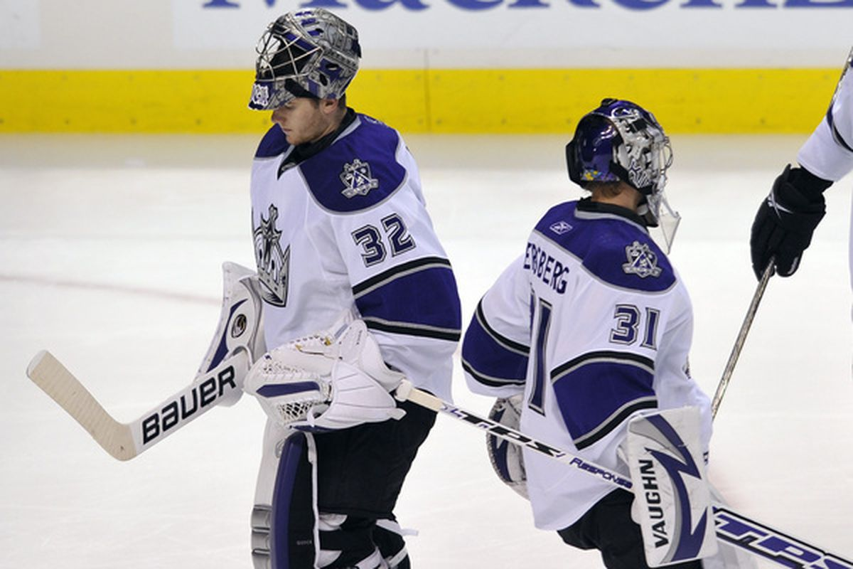 That's all you need to know about last night's Canucks-Kings game.