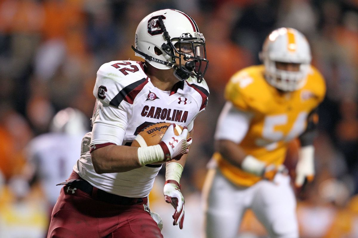 KNOXVILLE, TN - OCTOBER 29:  Brandon Wilds #22 of the South Carolina Gamecocks runs with the ball during the game against the Tennessee Volunteers at Neyland Stadium on October 29, 2011 in Knoxville, Tennessee.  (Photo by Andy Lyons/Getty Images)